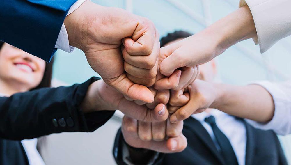 Beneficii non-salariale care atrag potențialii angajați către compania ta